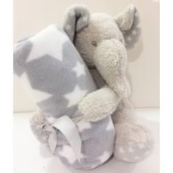 Elefante con manta estrellas